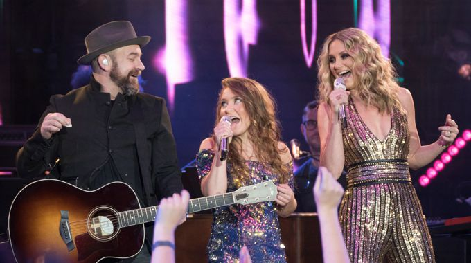 American Idol 2018 Duets: Sugarland and Layla Spring