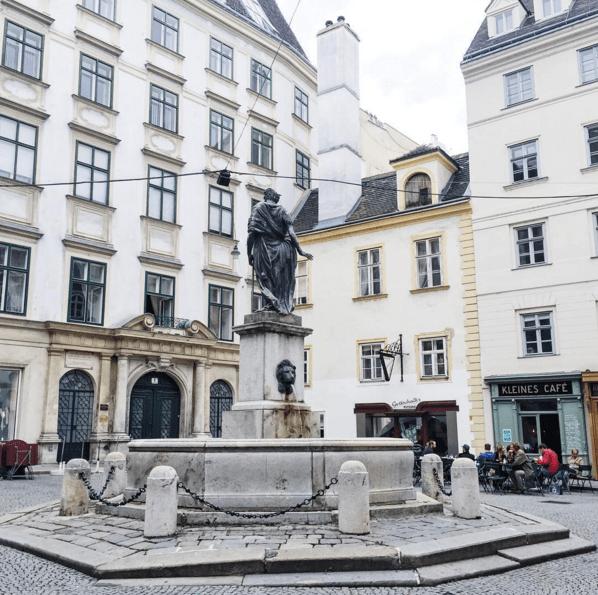 franziskanerplatz vienna austria