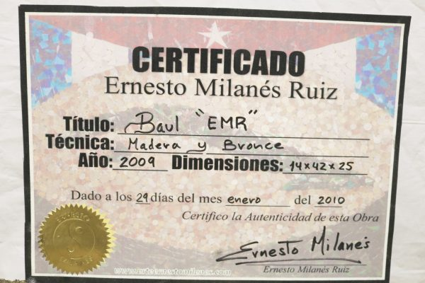 Ernesto Milanes Cigar Humidor coa