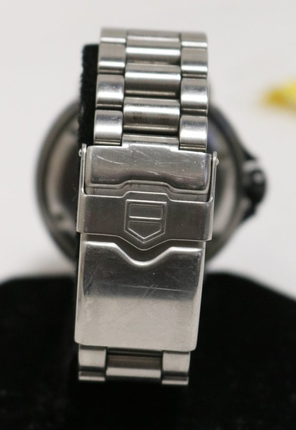 Tag Heuer Formula Watch clasp view