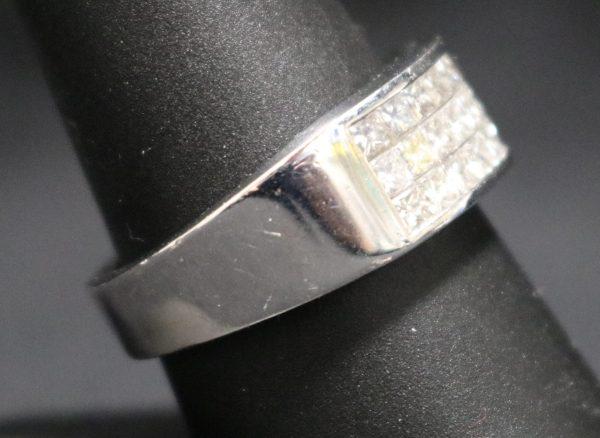 White Gold Diamond Bandside
