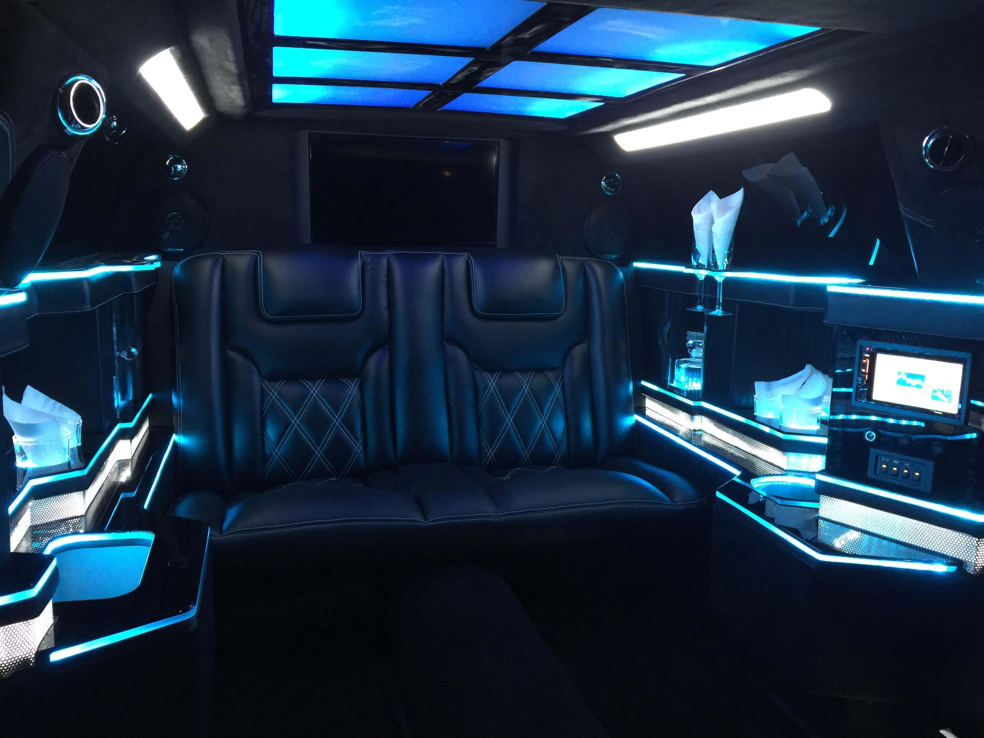 70 inch Chrysler 300 limousine