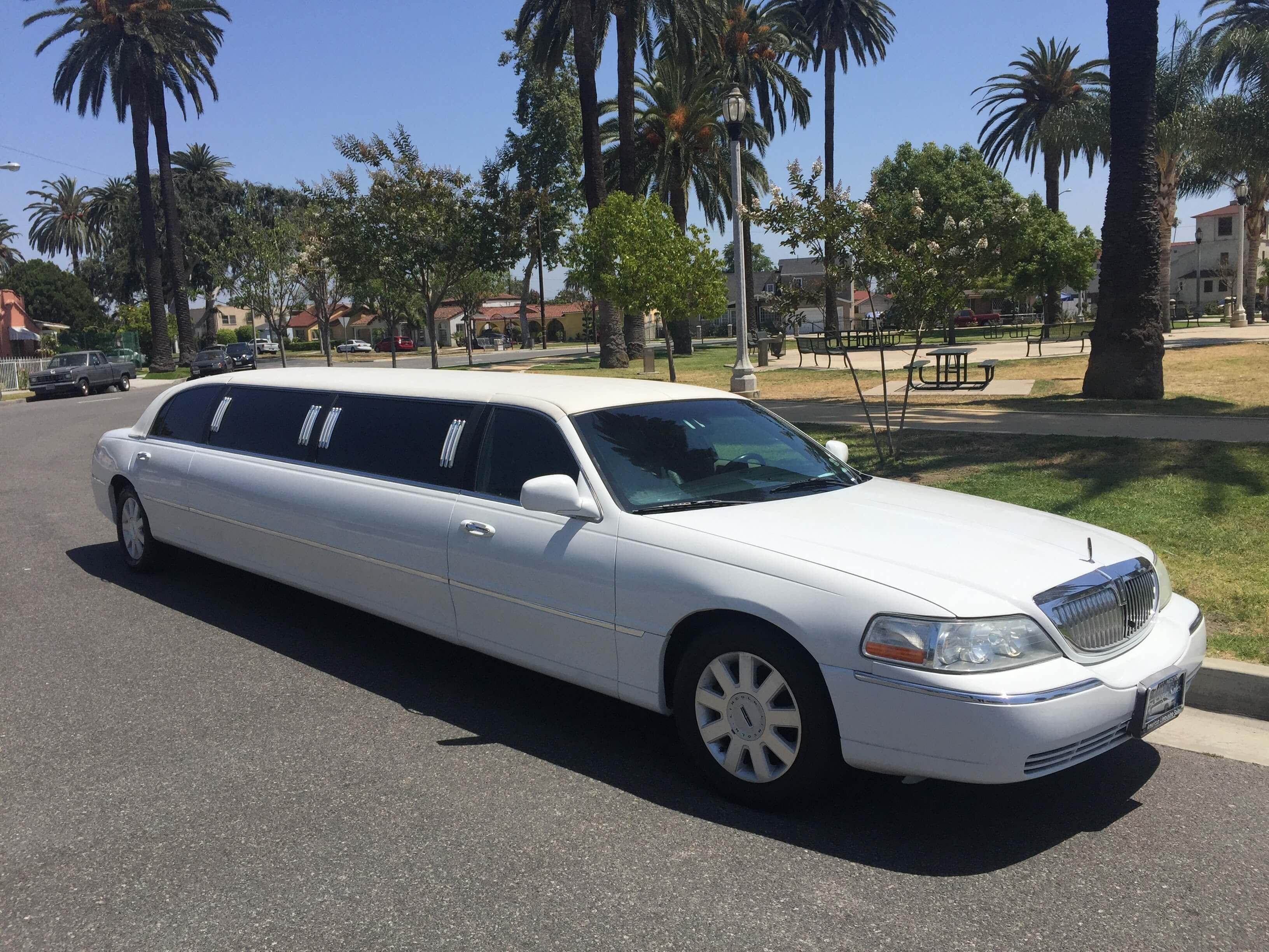 White 120 inch Lincoln TownCar Limousine