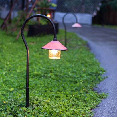 the benefits of outdoor accent lighting