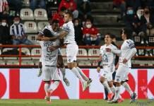 El jugador Oscar Murillo de Pachuca festeja su segundo gol durante un partido correspondiente al repechaje del torneo Guardianes 2021 del fútbol mexicano, hoy en el Estadio Hidalgo de la Ciudad de Pachuca