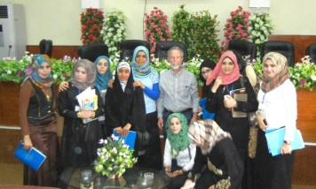 Kirsch with teacher and young women