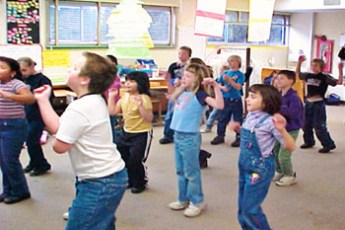 physicalActivitiesClassroom01