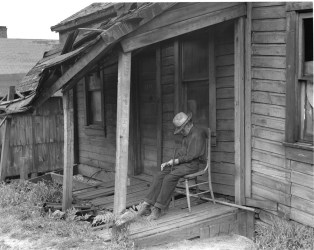 Elderly Man Unable to Work. Pennsylvania, 1935. Photo by Dorothea Lange.