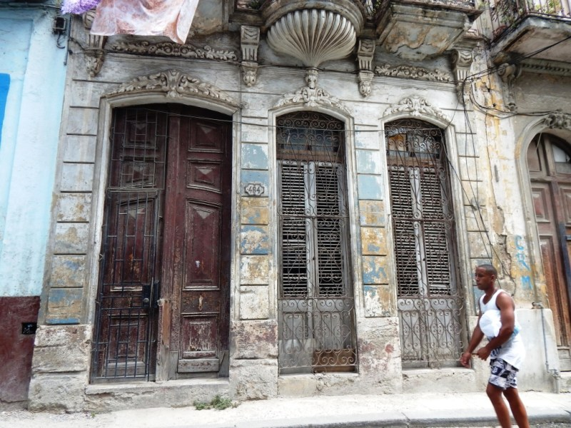 mansions in Old Havana