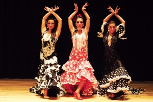 flamenco-dancers