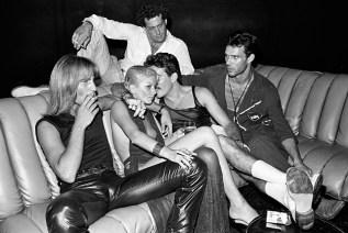 studio-54-couch-1979-1100x733