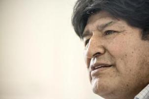 """Evo Morales beim Gespräch mit der Zeitschrift """"Brecha"""" im argentinischen Exil"""