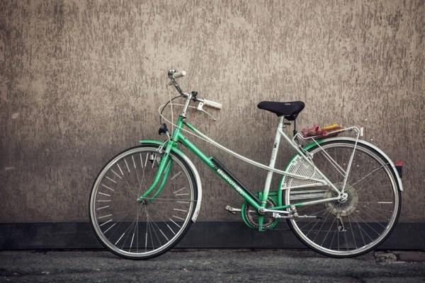 wall-sport-green-bike-large