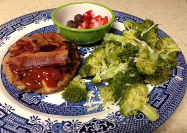 dinner turkey burger and broccoli