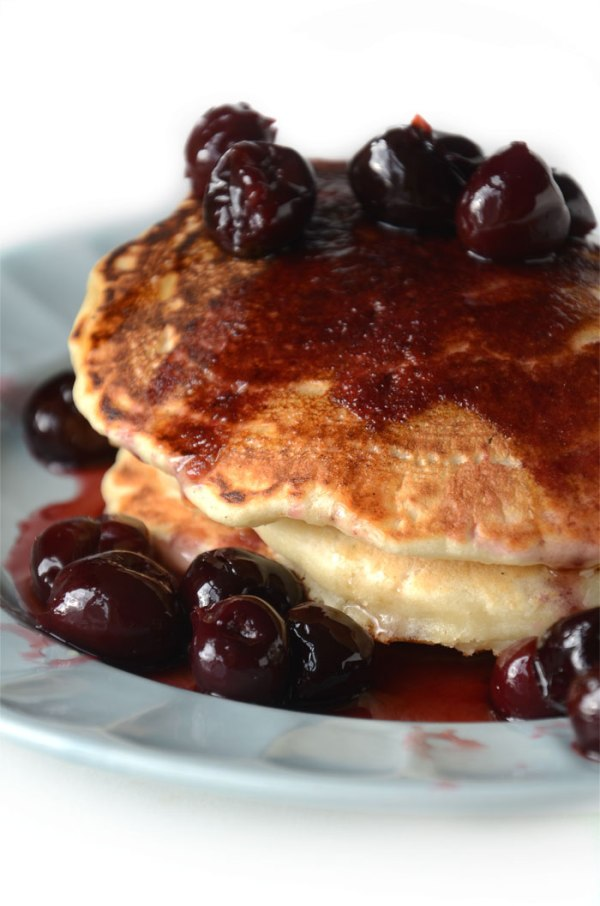 fluffy vegan protein pancakes by running on real food
