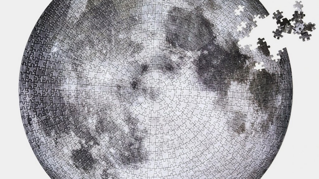 Moon Puzzle 1