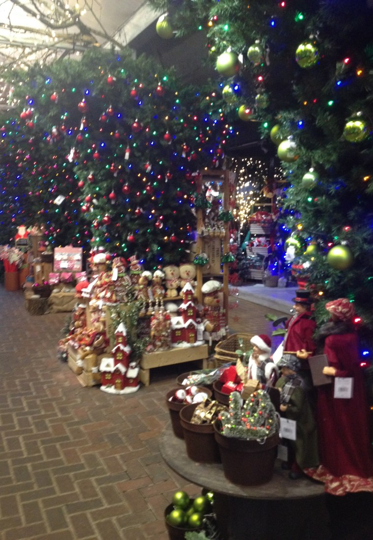 Blogmas Day 2 | Christmas at Reuben Shaw & Sons Garden Centre