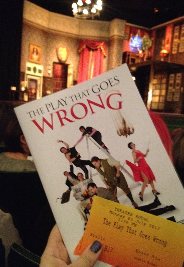 Theatre Review: The Play That Goes Wrong @ Theatre Royal, Nottingham