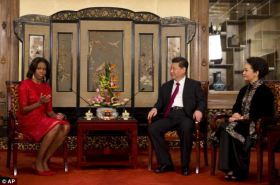 Flotus China Tour- Meeting- Mrs Obama expressed a positive attitude towards the U.S. and China's relationship - saying- 'We have had a wonderful first day here in China. the First Lady chats with the Chinese President and Ms Peng