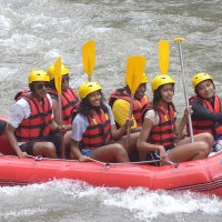President Obama and family go river rafting in Indonesia