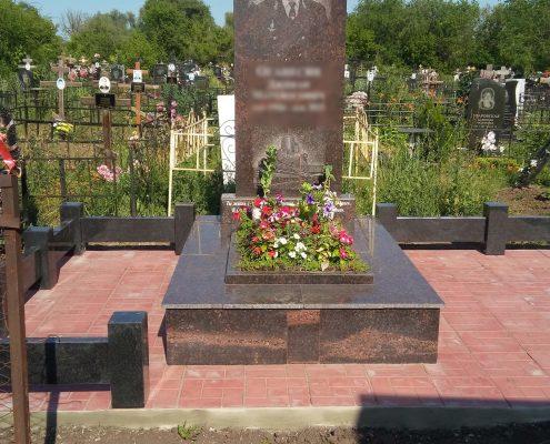 Гравировка на гранитных памятниках | Цена от 200 рублей в ...