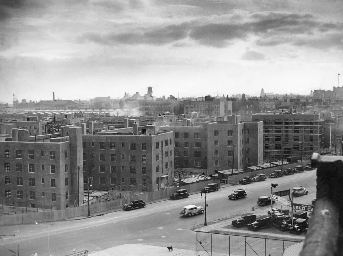 Взлет и падение общественного жилья в Нью-Йорке. 1934-2020 года.