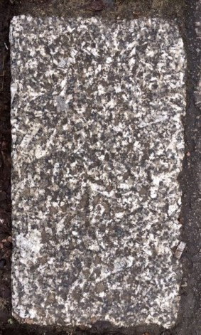 Porphyritic Granite Kerbstone