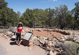"""Large Kiva - egy pueblo """"közösségi ház"""" romjai"""