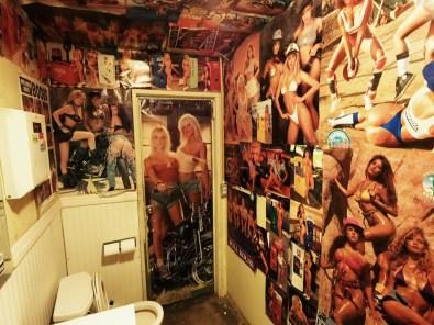 A férfi WC