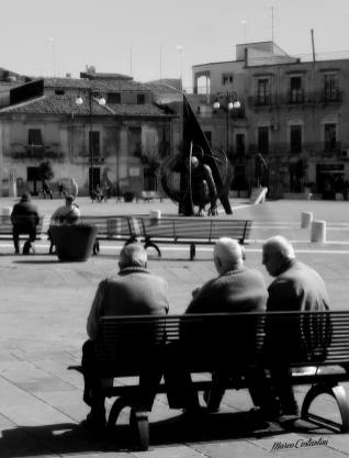 Glimpse of Grammichele main square
