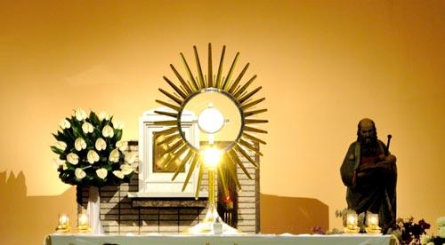 Adorazione Eucaristica in diretta da Medjugorje - tutti i sabati ore 21,00