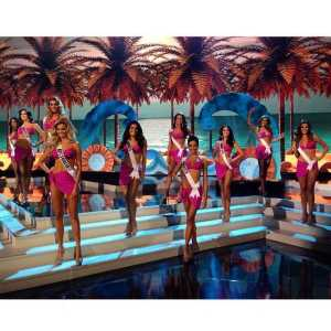 Miss Universe 2014 Swimsuit round