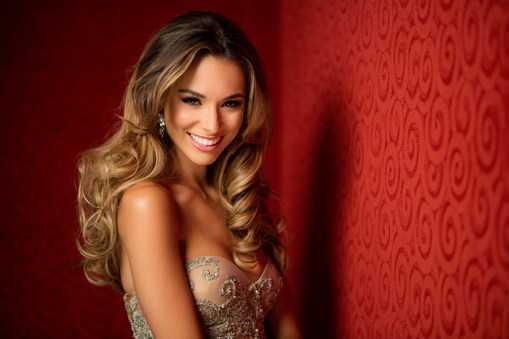 Miss Universe Australia 2015 - Monica Radulovic