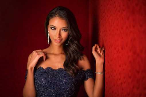 Miss Universe France 2015 - Flora Coquerel