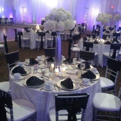 Black and White Color Setting at Wedding