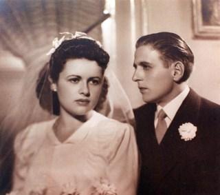 Casament de Gertrudis Fàbregas i Simó Dot, 1943. Foto: Foto arxiu família Dot.