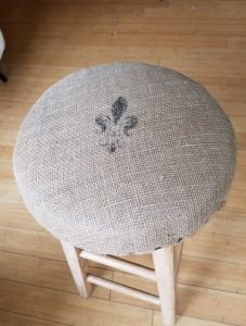 burlap bar stool final 1 amigas4all