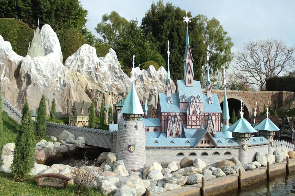 Disneyland - Guia completo do parque onde a magia nasceu