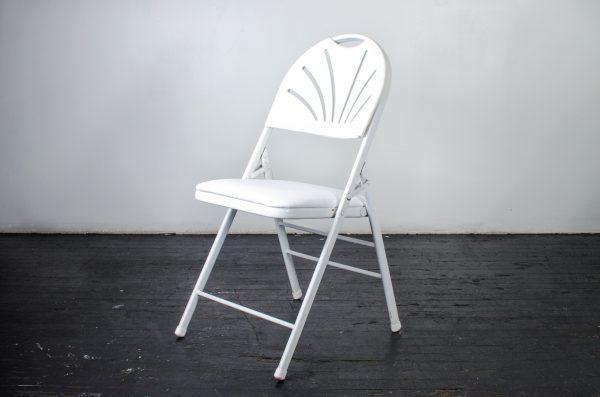 events-weddings folding chair fan back white