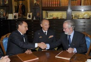 Firma Acuerdo de Colaboracón RLNE y AMN