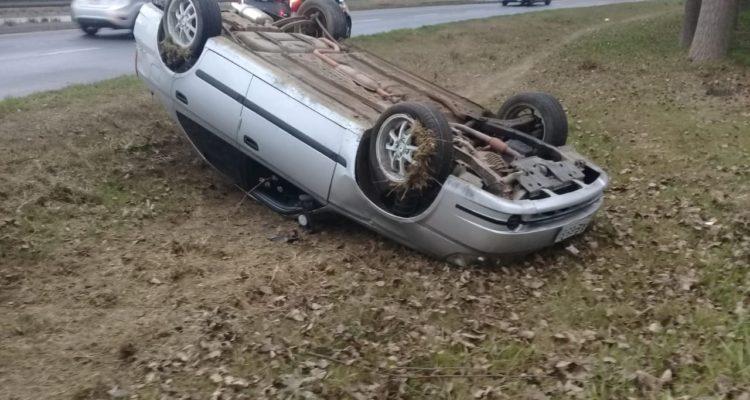 hombre-queda-herido-tras-volcar-mientras-conduca-a-su-trabajo-en-talcahuano-750x400