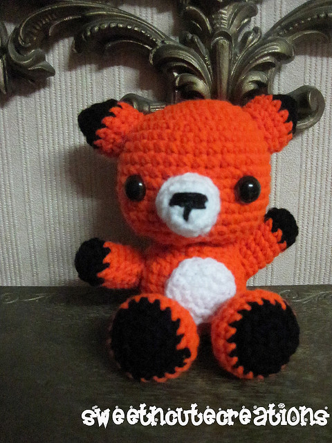 Sweet little amigurumi fox pattern