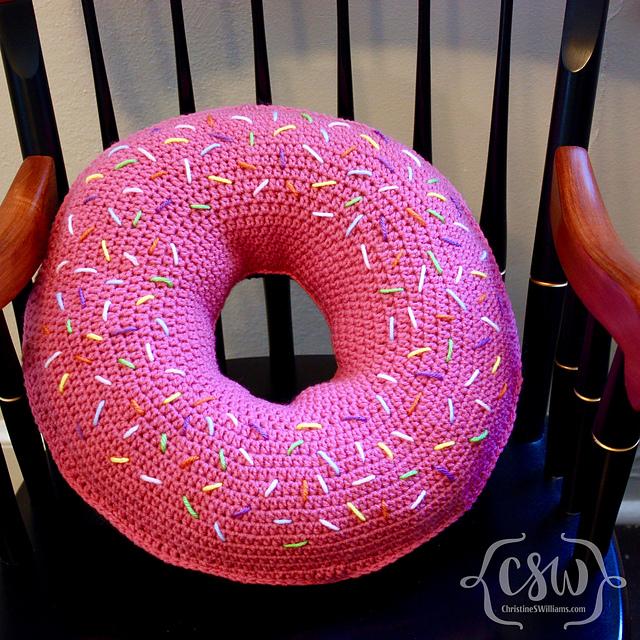 donut pillow crochet pattern