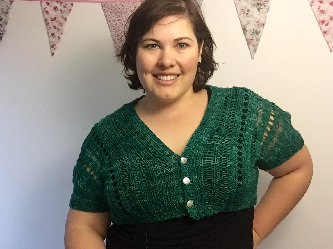 Cropped cardigan knitting pattern