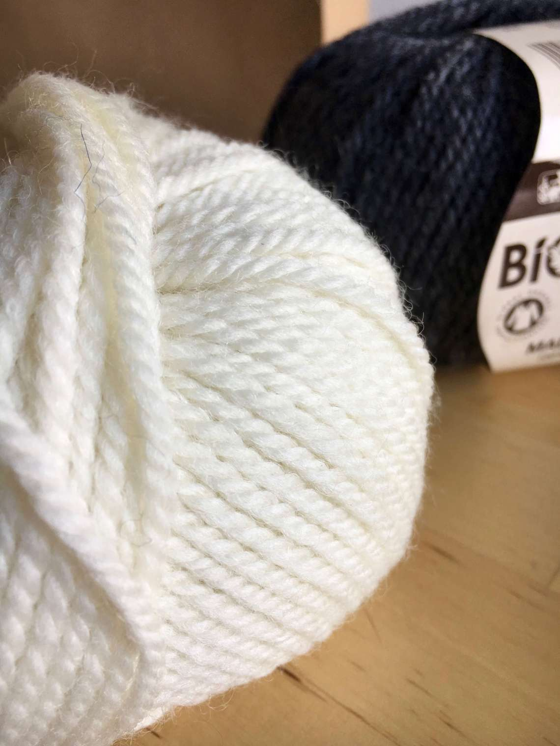 Organic wool for knitting
