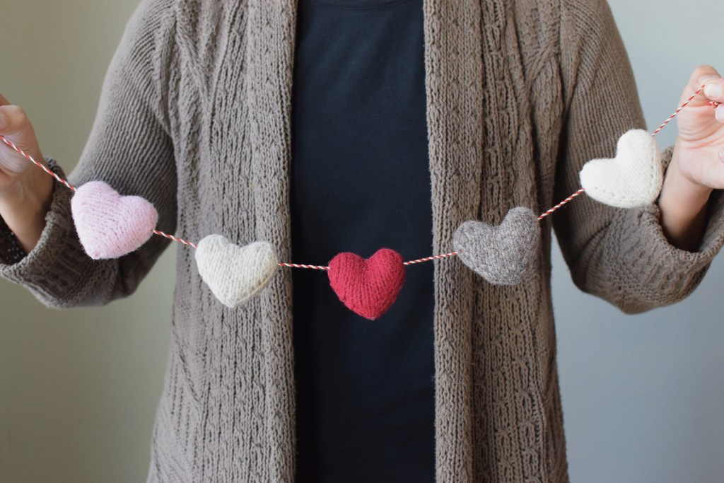 Little Knitted Hearts