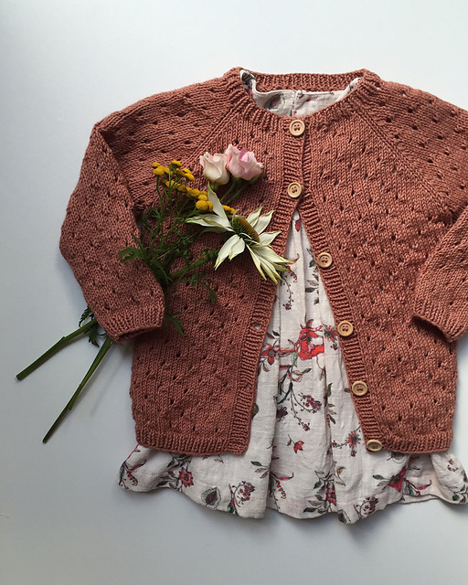 Princess Charlottes cardigan knitting pattern