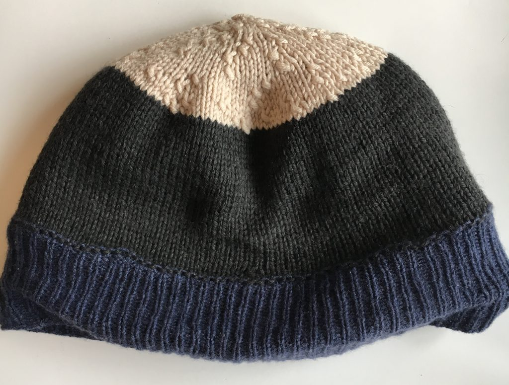 Lining a hat with wool