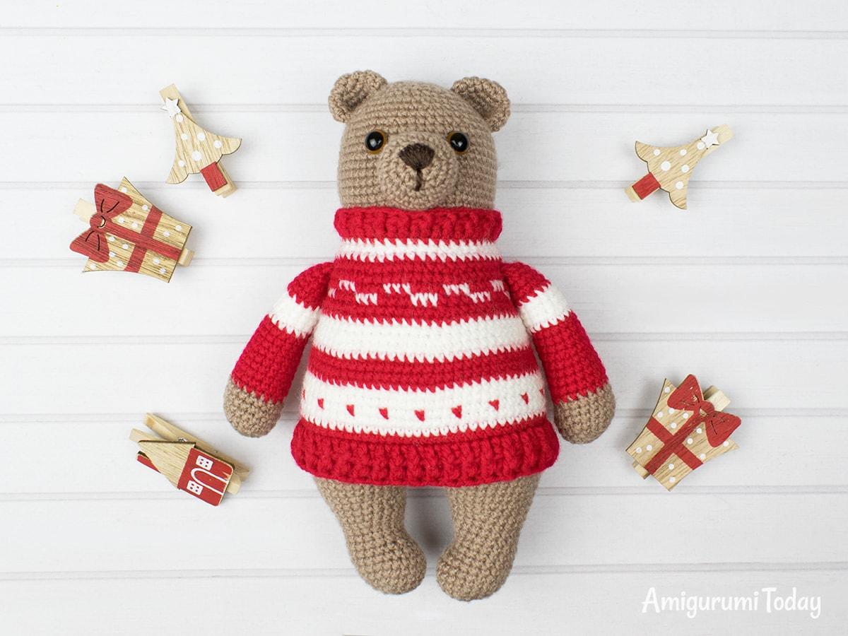 Christmas teddy bear crochet pattern