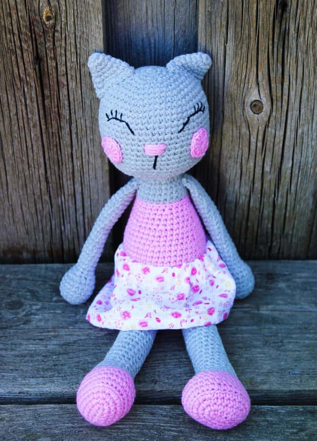 Crochet Ballerina Bear Free Pattern : Ballerina cat doll crochet pattern - Amigurumi Today